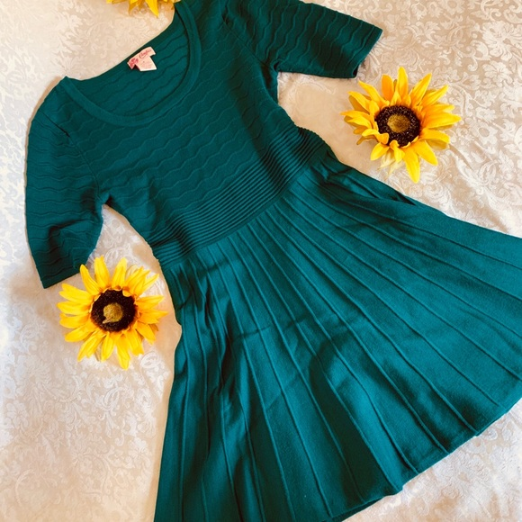 Candie's Dresses & Skirts - Green sweater dress